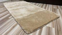 Serrano bézs  67x110cm-gumis hátoldalú